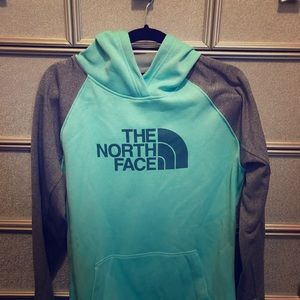 North Face L Women's Hoodie! 🌸